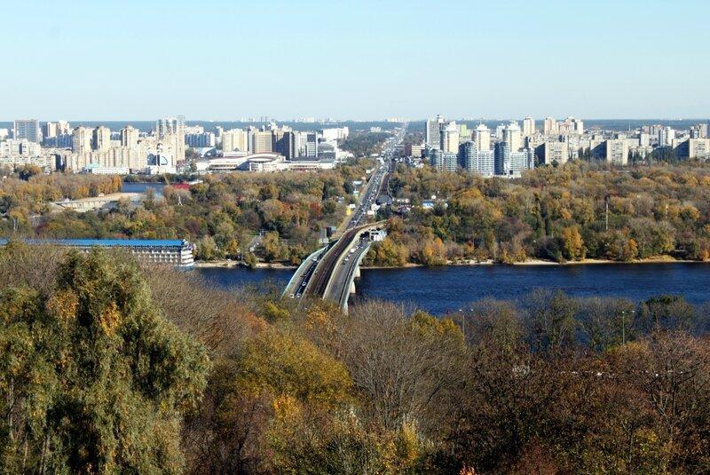Вид с площадки обозрения парка Славы