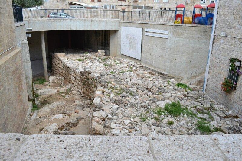 День восьмой. Широкая Стена. По старому городу. Иерусалим. Израиль. 2013.