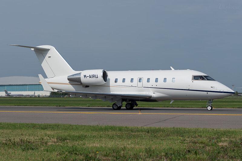 Bombardier CL-600-2B16 Challenger 605 (M-AIRU) Xclusive Jet Charter DSC_1488