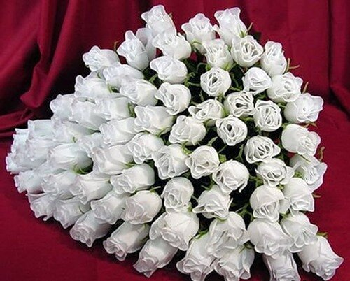 ПРЕКРАСНЫЙ БУКЕТ белых роз! открытка поздравление картинка