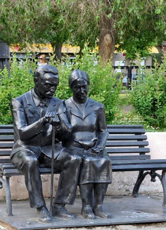Памятник родителям (24.07.2013)