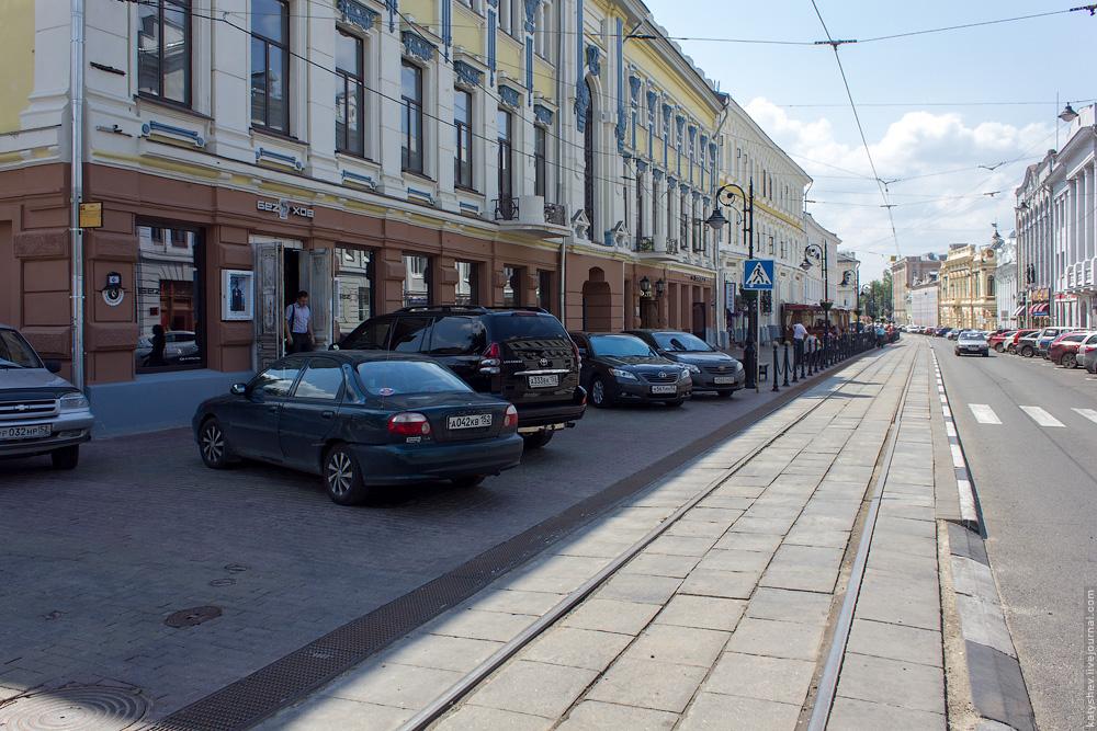 парковка на трамвайной остановке