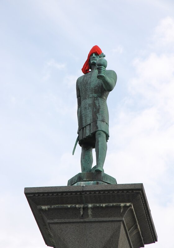 Trondheim, market square (Torvet) is the monument to Olaf Tryggvason. Olav Tryggvason monument