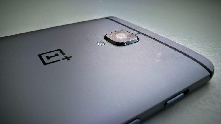 Обои для OnePlus 5 попали вСеть