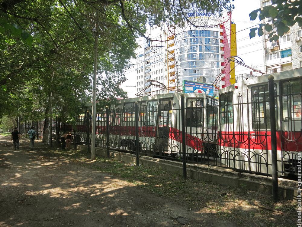 трамвайных маршрута
