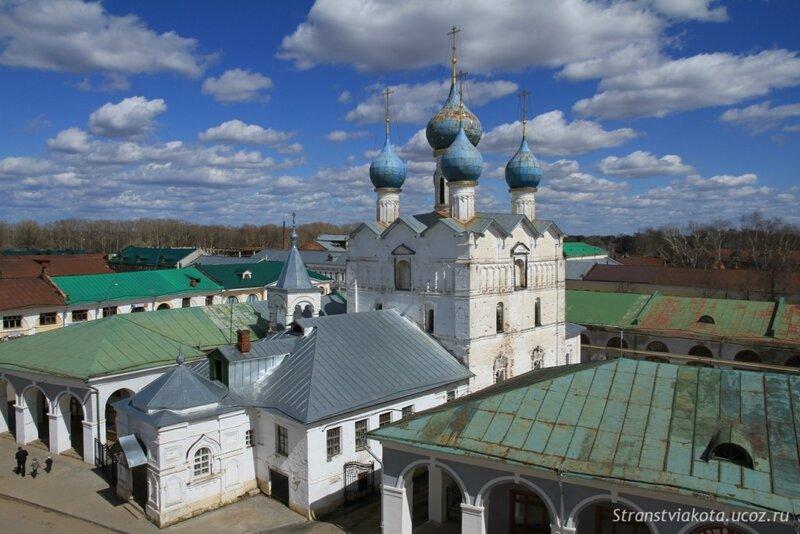Ростов Великий, Церковь Спаса на Торгу