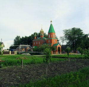 Храм, весенние впечатления, в мае
