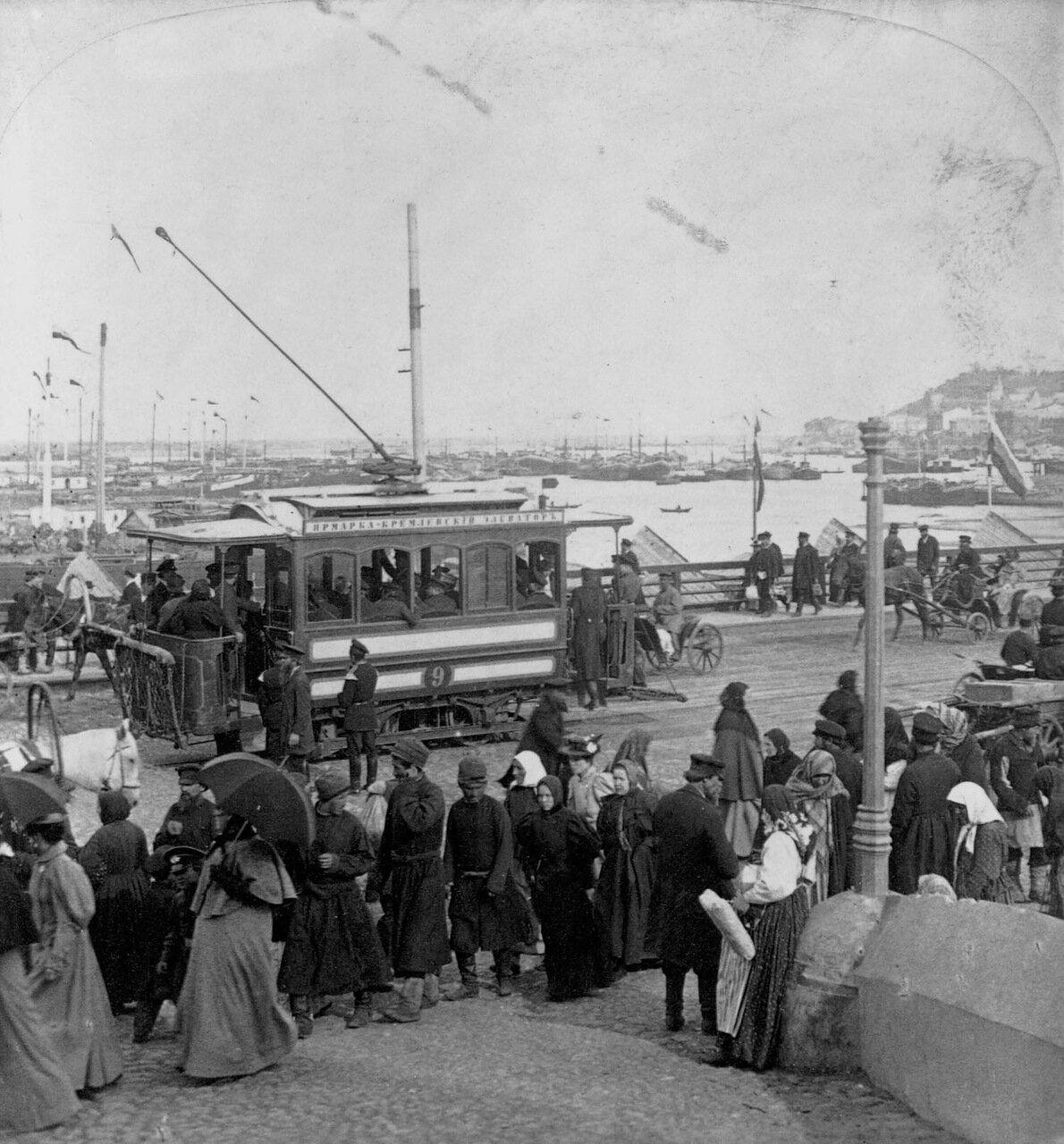 Дорога у пристани. Нижний Новгород, Россия. 1898 г.