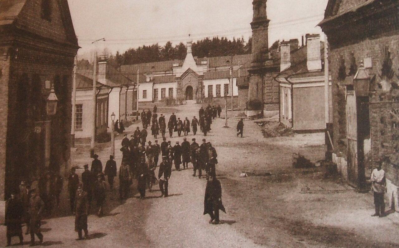 Завод, вид на часовню Александра II