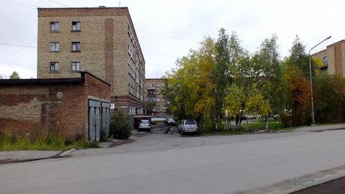 Фотография Инты №5778  Горького 5, 3 и Куратова 2 09.09.2013_12:59