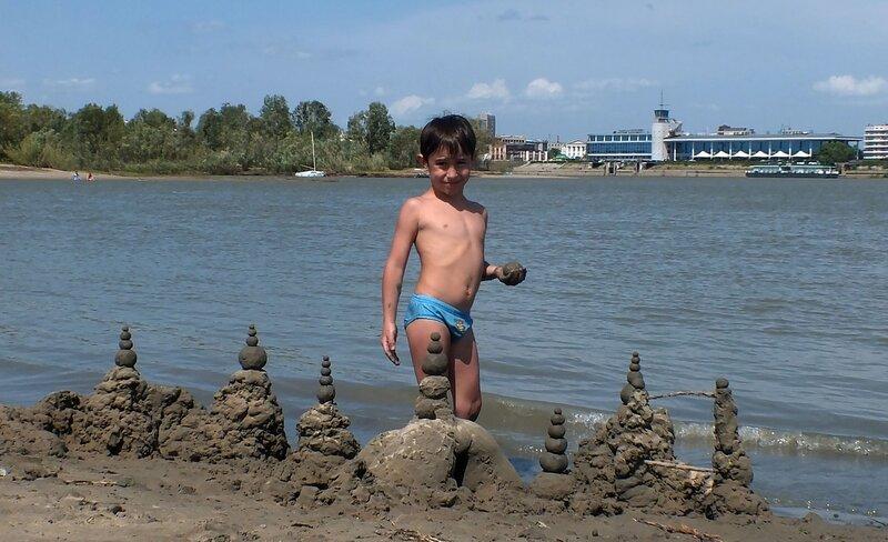 Строительство замков на песке
