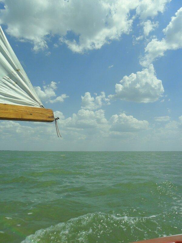 В походе яхтенном, у Азовских берегов