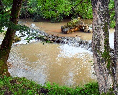 Реки, водопады. Окрестности Мезмая.