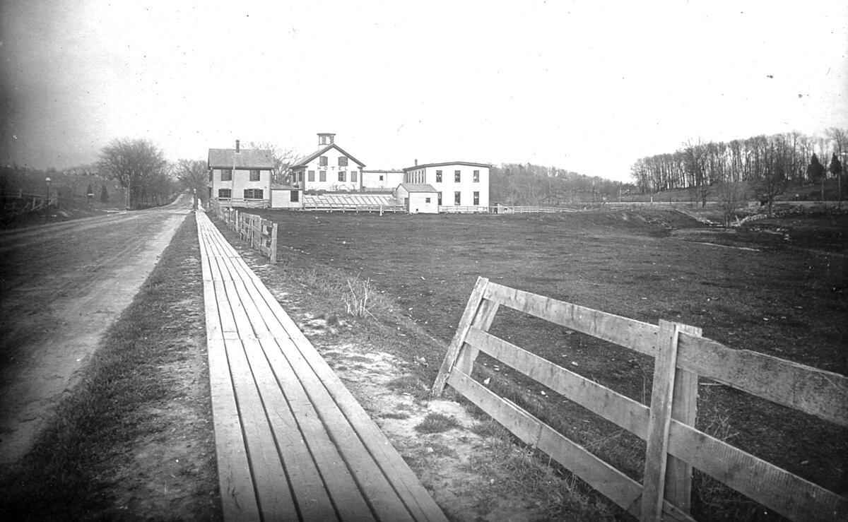 1887. Бейкон-стрит и Энглвуд авеню, «Reservoir Hotel»