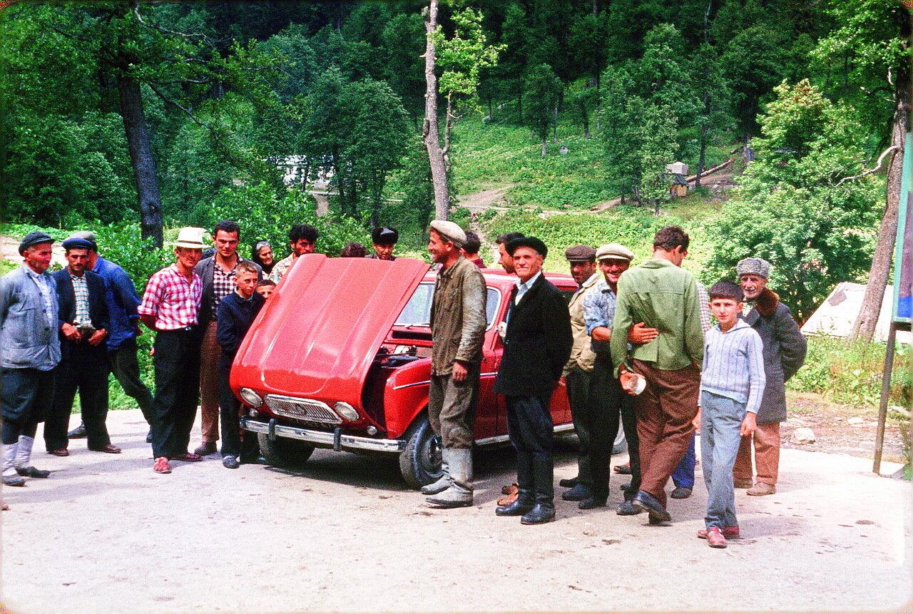 Абхазия. Ауадхарский минеральный источник