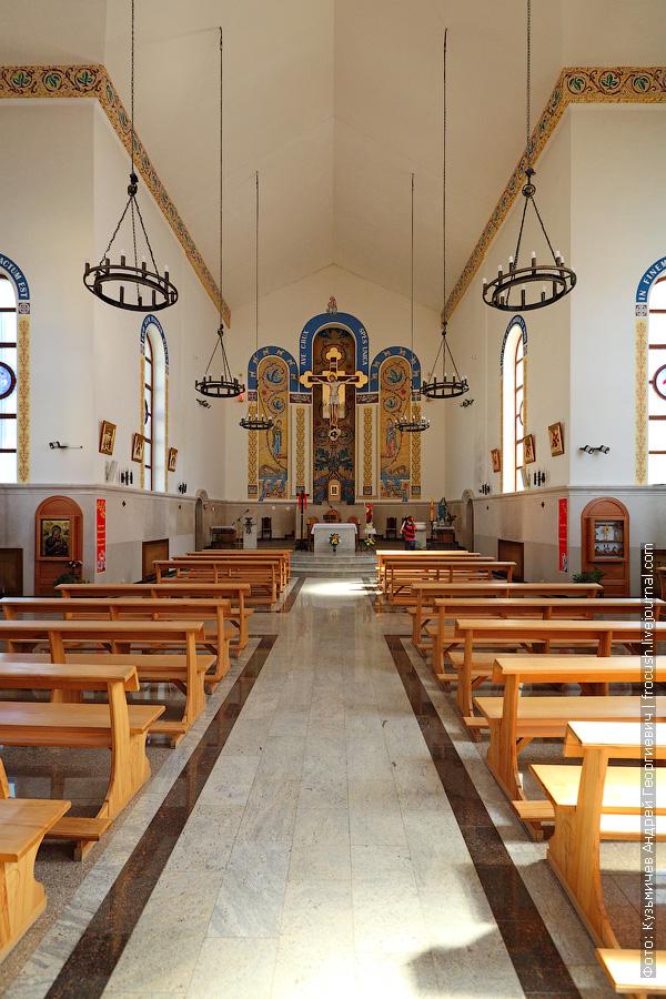 Казань Католический храм Воздвижения Святого Креста фото