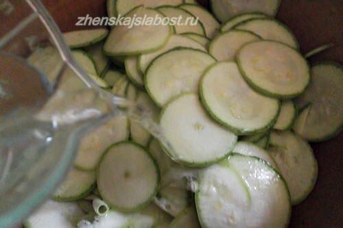 цуккини или кабачки, для гратена