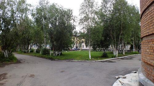 Фото города Инта №5320  Мира 1 и Чайковского 5 30.07.2013_13:14