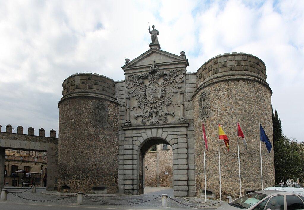 Толедо. Ворота Бисарга (Puerte de Bisarga)