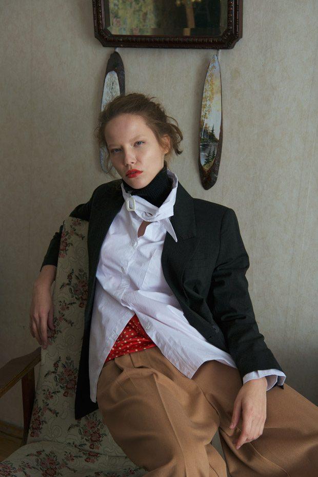 Pants, Jacket: Massimo Dutti Shirt: PUDRA Collar: MANGO Blouse: Elagina Olga