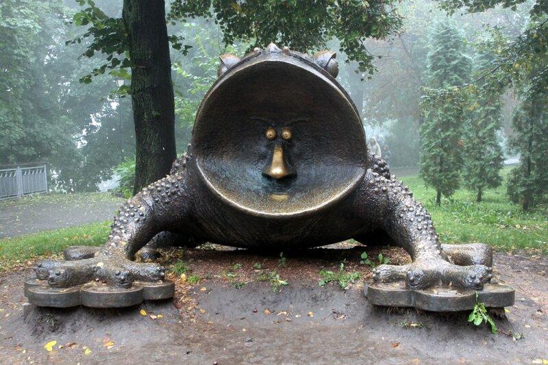 Бронзовая жаба