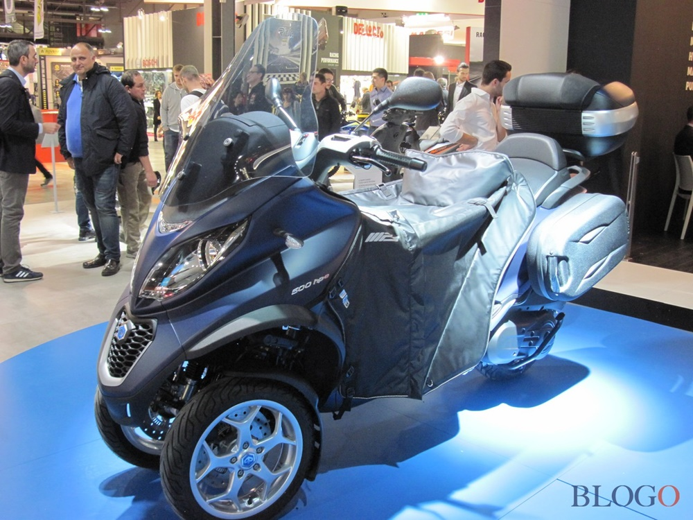 eicma 2017 piaggio mp3 350 500 2018. Black Bedroom Furniture Sets. Home Design Ideas