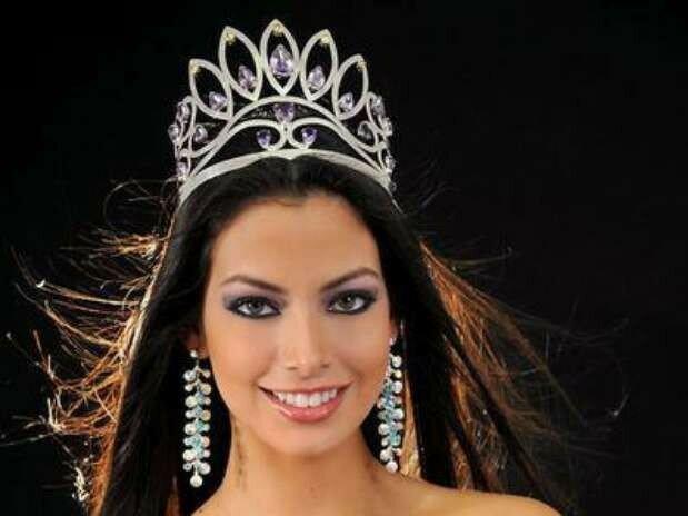 bolivia-alexia-viruez-miss-bolivia-universo-2012