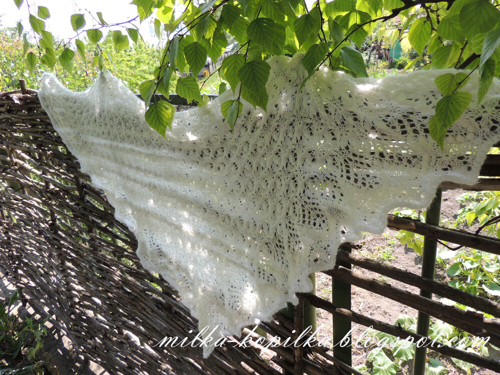 Шаль Echo Flower Shawl by