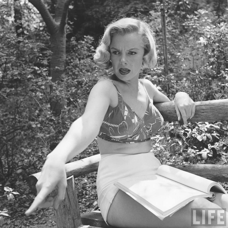 Marilyn Monroe / Мэрилин Монро в Гриффит-парк, Лос-Анджелес / 8 августа 1950 / Life Magazine