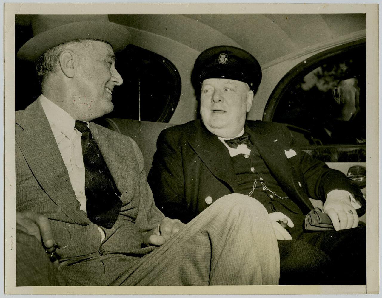 1943. Президент Франклин Делано Рузвельт и Уинстон Черчилль