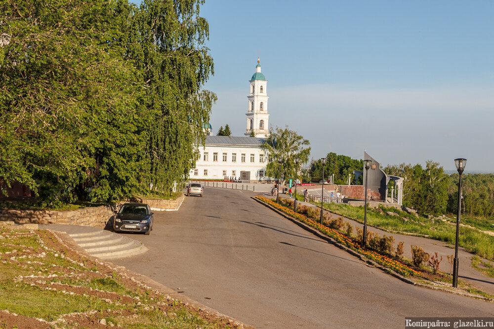 Елабуга, улица Набережная.