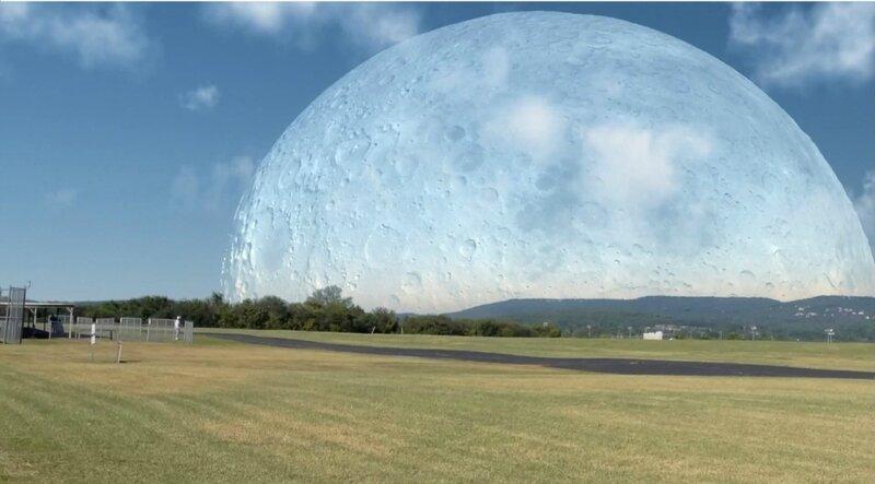 Как бы выглядела Луна, если бы она была на расстоянии 400 км от Земли