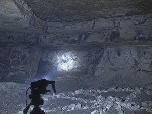 Фонарь Fenix HP25, в режиме рассееного света + сфокусированый свет, в турбо режиме + максимум светит так
