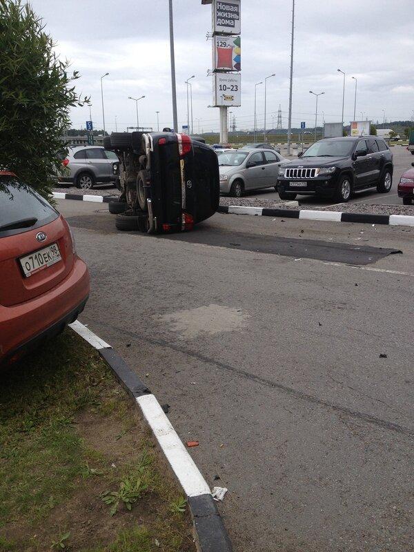 Правильная парковка у Меги 1