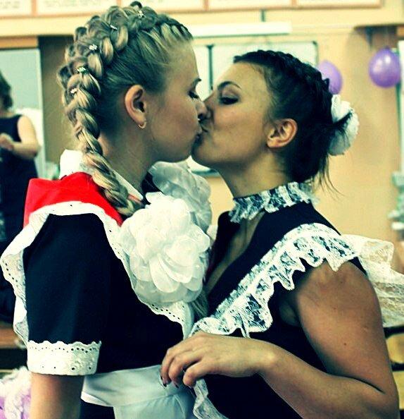 Видео про порно лесбиянки школьницы 7 фотография