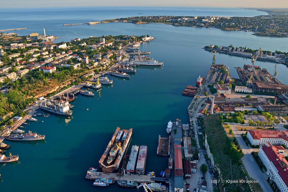 14. Корабельная сторона — частный сектор, по большей части.