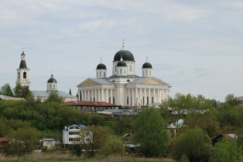 Арзамас, церковь Живоносного источника и Воскресенский собор