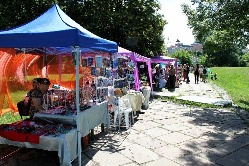 Выставка фестиваля Андреевский спуск