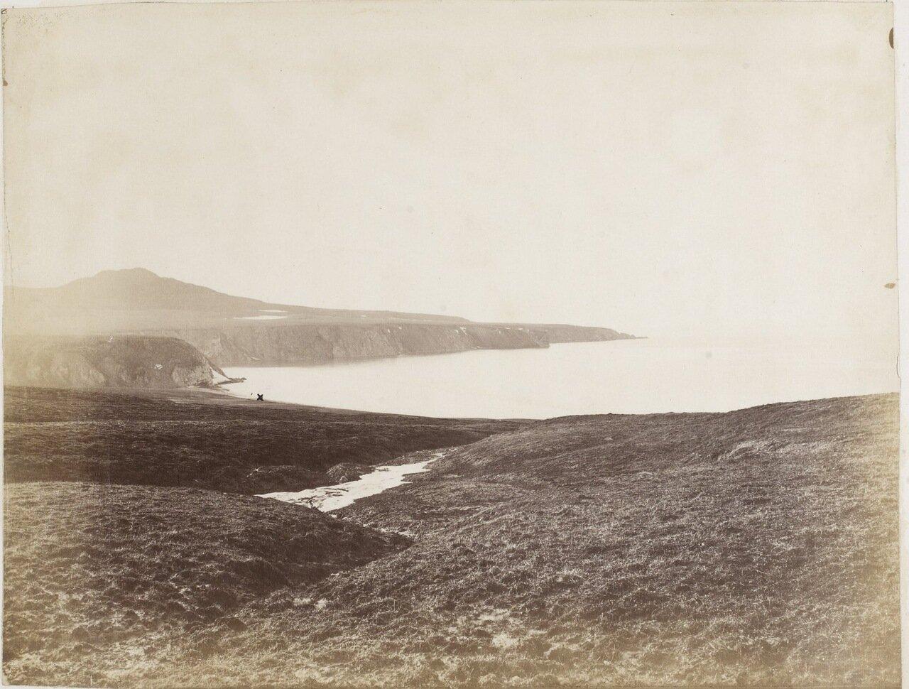 Вид места  вместе с установленной меткой, где экипаж «Эйры» высадился на берег