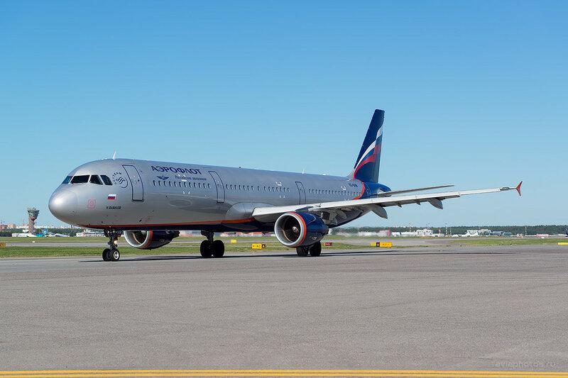 Airbus A321-211 (VQ-BHM) Аэрофлот D800683