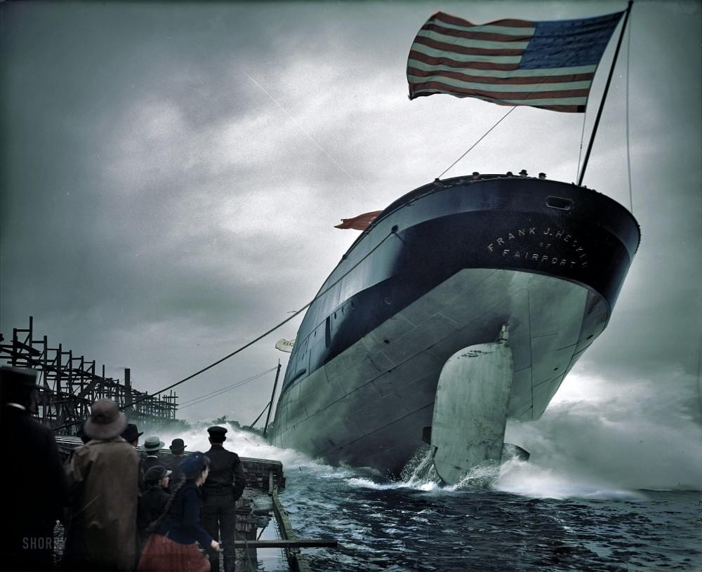 Спуск на воду парохода Frank J. Hecker. Сэйнт-Клэр, Мичиган, 2 сентября 1905 года..jpg