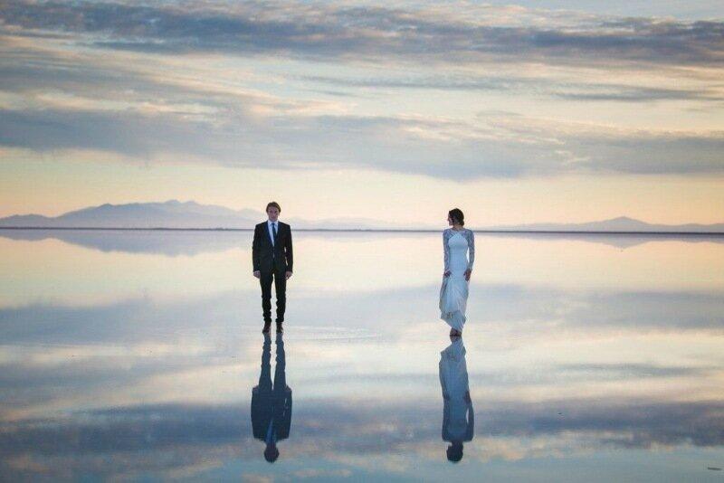 Молодожёны, гуляющие по воде. Красивая свадебная фотосессия 0 1cd5ce 109243c0 XL
