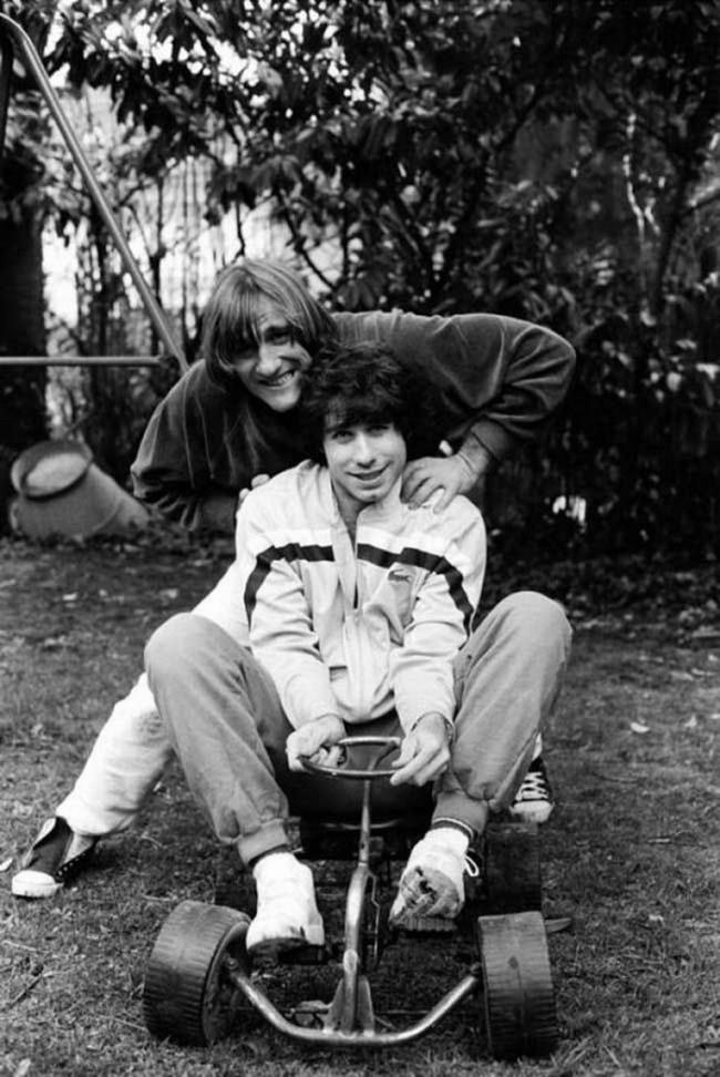 Атем временем Жерар Депардье катает Джона Траволту, 1982г.