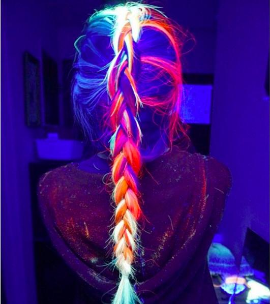 светящиеся-в-темноте-волосы.png