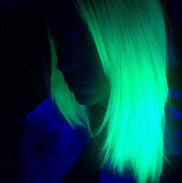 светящиеся-в-темноте-волосы8.png