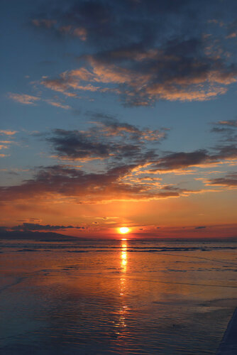 Закат на Малом море