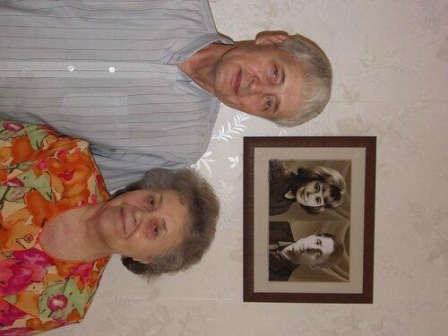 Расстояние между этими портретами - 50 лет
