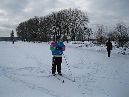 На лыжах по реке