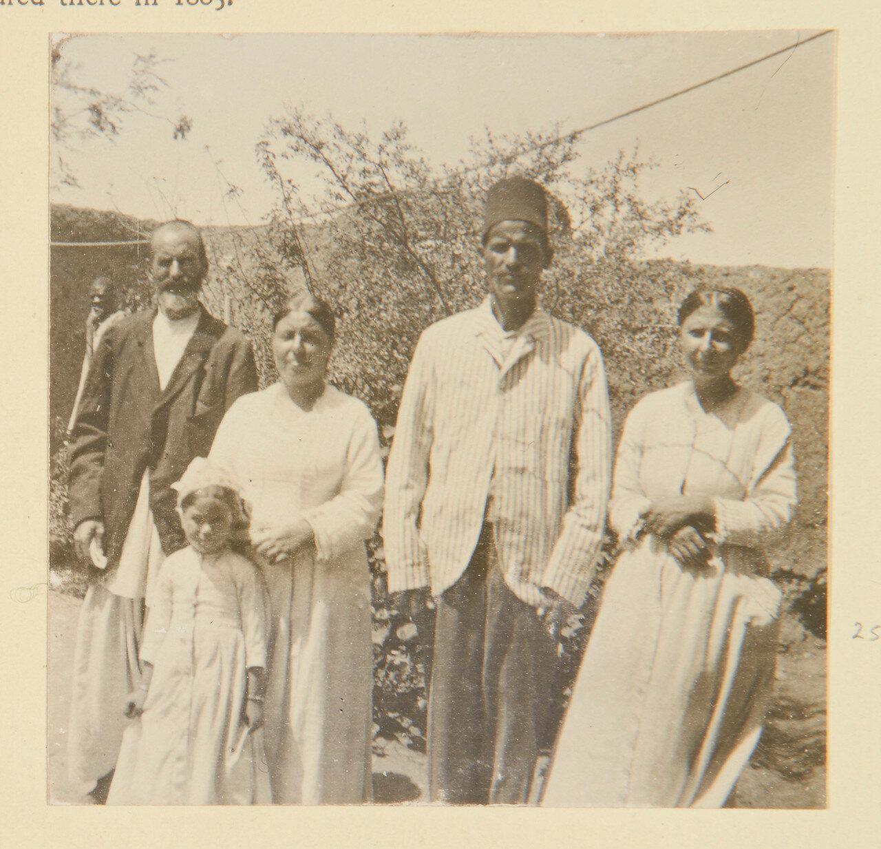 Греческая семья из Хартума, бывшие заключенные