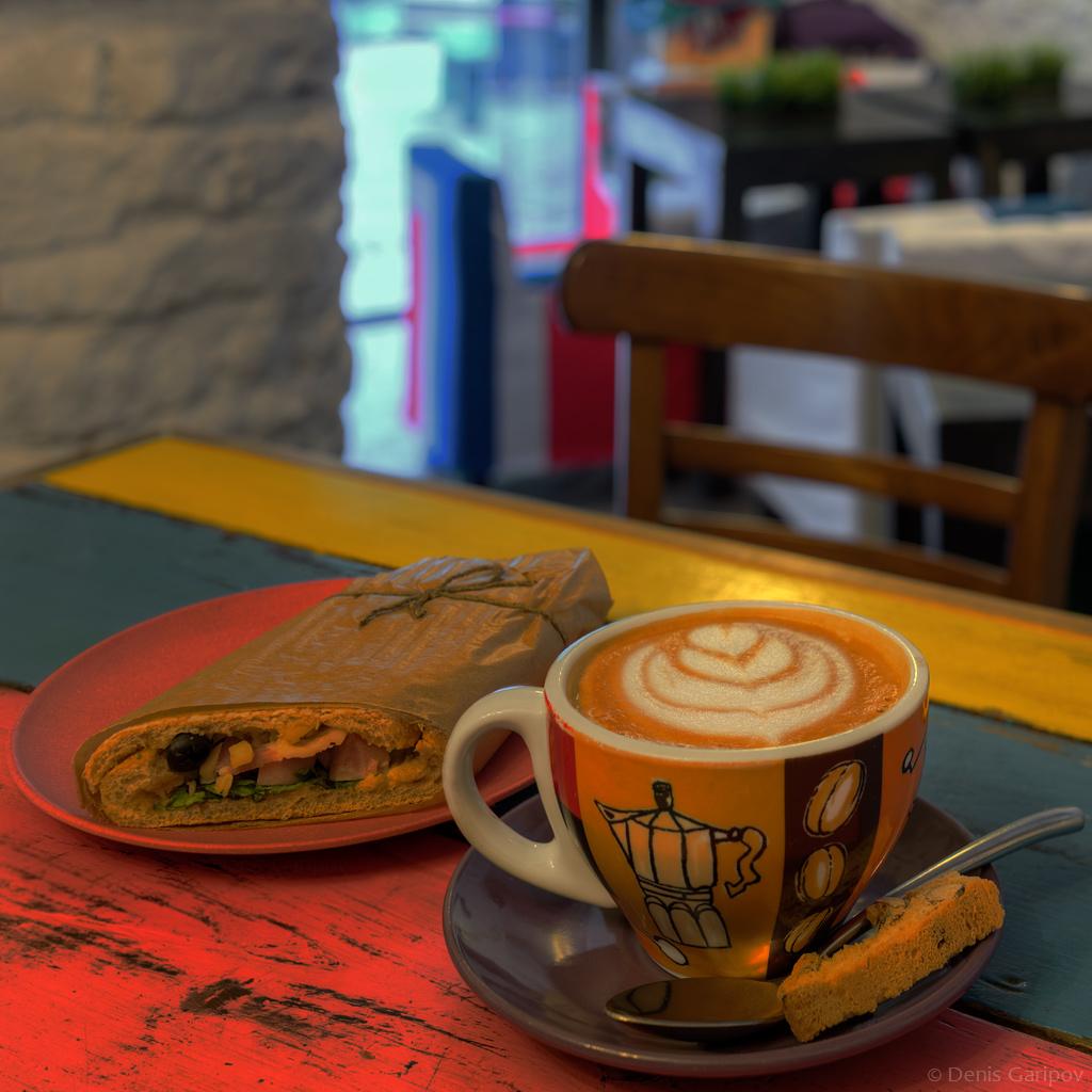 Кофейня «Больше Кофе!» вАлександровском парке, Санкт-Петербург
